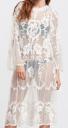 shein in robe brodée blanche